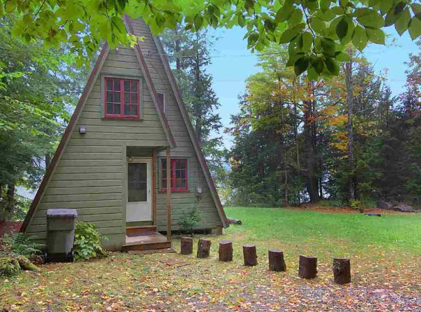 Ft ann ny sold a frame living finding your dream triangle for Lake cabins for rent in massachusetts
